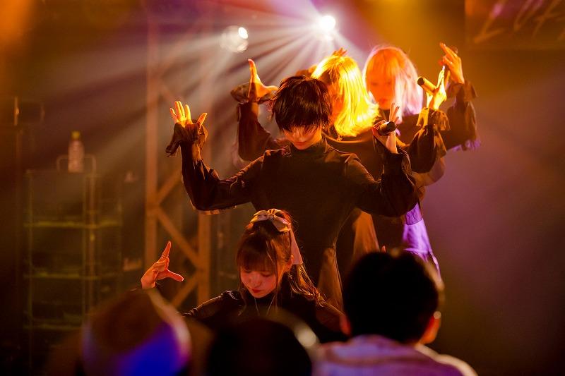 Aphroditeが新宿LOFTのワンマン公演の場で、2020年2月19日に新宿BLAZEを舞台に6周年単独公演を行うことを発表。